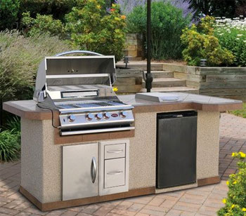 Budget Outdoor Kitchen